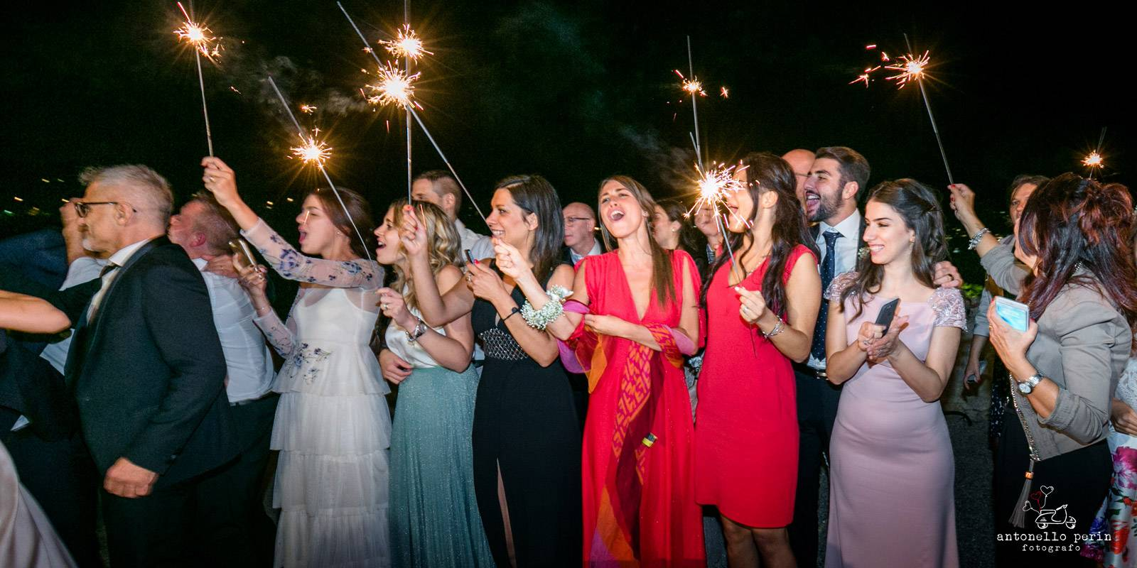 LAKE GARDA WEDDING PHOTOGRAPHER, SIRMIONE WEDDING,BRESCIA,MANTOVA,MALCESINE